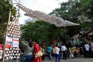 Arjun_rathi_cellular_fission_kalaghoda_arts_festival_origami_tetrahedrons_8